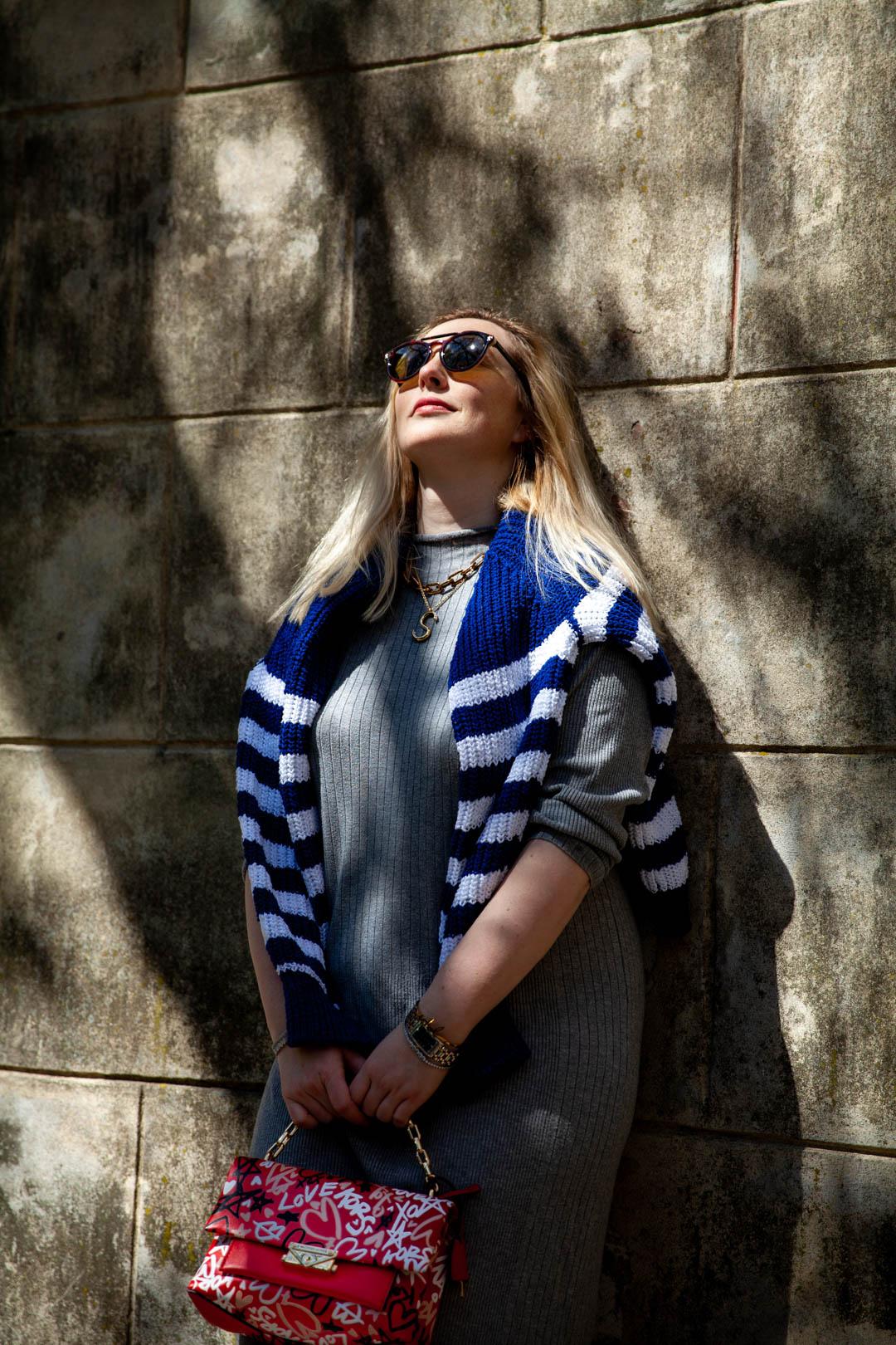 portret kobiety w okularach słonecznych